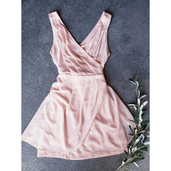 Tobi Dresses & Skirts - Peach Mock Wrap